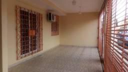 Casa 4 quartos e piscina Marambaia