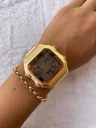 Relógio Digital de Ferro Quadrado ou Redondo PROMOÇÃO IMPERDÍVEL!!!