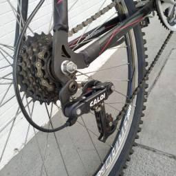 Bicicleta Caloi aro 26 alumínio quadro 17