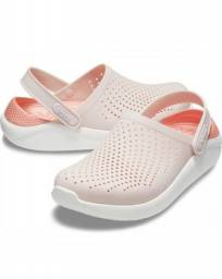 Sandalia Crocs Feminina