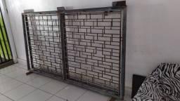 Portão duas(2) partes 2,02 x 1,42 Vendo/Troco