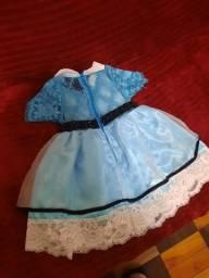 Vendo lindo vestido da Alice no País das Maravilhas