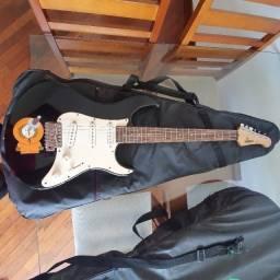 Guitarra Yamaha EG-303 - Revisada