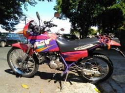 Moto nx200
