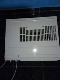 Vendo ar condicionado 7500 valor 350