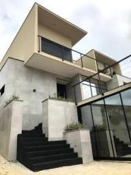 CA0883 - Casa de luxo com 5 suites e 4 vagas no Urbanova