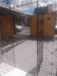 Casa no Santo Antônio com 3 quartos