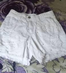 Short jeans branco tamanho 36