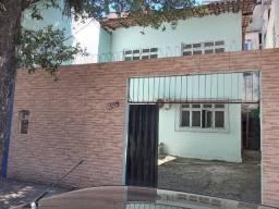Casa para venda tem 152 metros quadrados com 3 quartos em Enseada do Suá