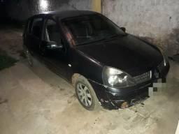 Clio pra vender logo 2004 completo 4,500 barato demais! - 2004