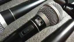 Kit com 3 Microfones + 3 cachimbos + maleta