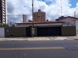 Uma Casa na Rua Mato Grosso Bairro Ilhotas