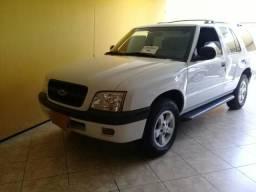 Chevrolet BLAZER .M.W.M 2.8 4x4 DIESEL relíquia 6 lugares .2004 particular - 2004