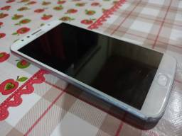 Vendo Moto G5s Plus / 450,00 reais