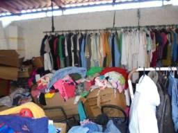 Bazar de roupas usadas (050,1.00 e 2.00 reais)