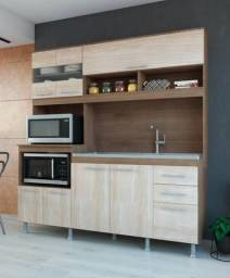 Cozinha compacta nova na caixa