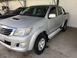 Toyota Hilux Cd Sr 4×4 2015