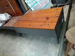 Banco de madeira para barbearia e lojas de causados