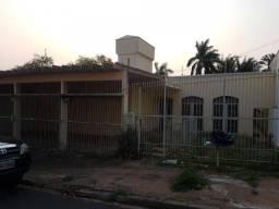 Título do anúncio: Casa para alugar, 330 m² por R$ 2.000,00/mês - Jardim Bongiovani - Presidente Prudente/SP