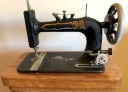 Máquina de Costura Antiga New Home, Original, Lindíssima