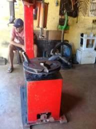 Maquina de tirar pneu