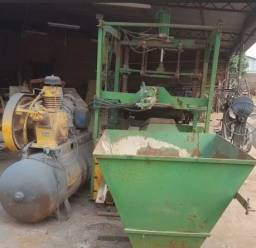 Máquina Fabricação De Blocos E Canaleta De Concreto Completa