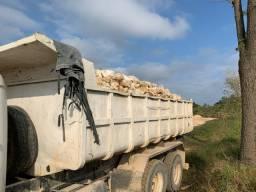 Caçamba truck