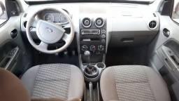 Ford EcoSport 1.6 xls 2006