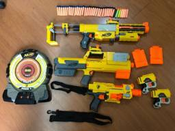 Kit Armas Nerf - Recon, Deploy, Barricade, 2 Pistolas + Alvo