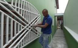 Limpeza de Patio e Pinturas de grades, portões e casas e Limpeza de telhado
