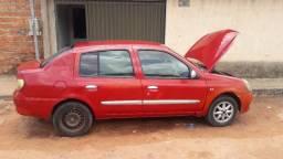Vendo ou troco Renault Clio sedam vermelho 1.0 completo 2007