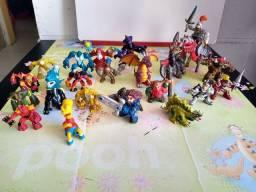 Lote com 24 miniaturas
