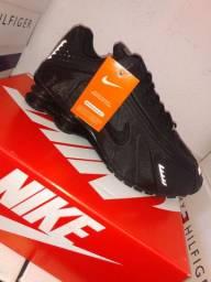 Nike shox R4 (refletivo)