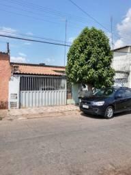 C Oliveira vende casa em Novo Gama
