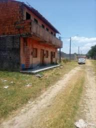 Vendo ou troco Vila com 09 casas em Caucaia.