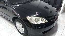 Vendo Honda Civic ano 2005 lx automatico completo.