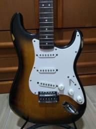 Guitarra Fender Squier Bullet Strat - Sunburst