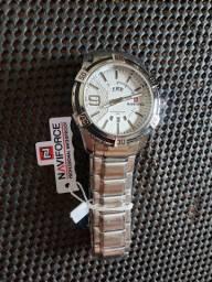 Relógio Prata Novo