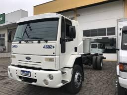 Caminhão cargo 4532