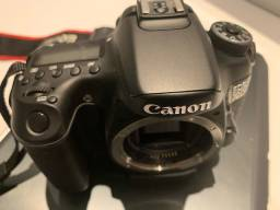 Canon 70D com lente 18-135mm