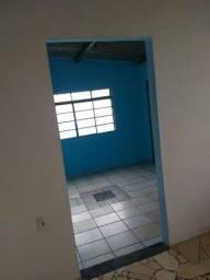 aluga se imóvel residencial no Santo Eugênio região Recanto dos Rouxinóis