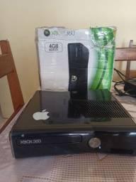 Vende se Xbox 360 4gb memória