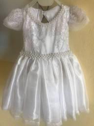 Vestido branco com sapato