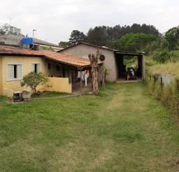 Casa com 2 galpões em Itatuba Embu das Artes