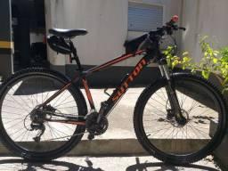 Bike top, 2300 reais, aro 29, 27v, tamanho 17.