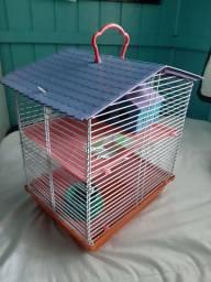 Casinha de Hamster seminova