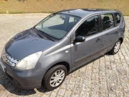 Nissan Livina Automático 2010