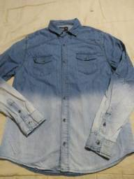 Camisa jeans masculina tamanho P