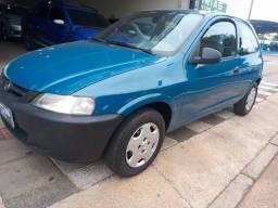 Chevrolet - Celta 1.0 2001