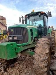 Trator agrícolar
